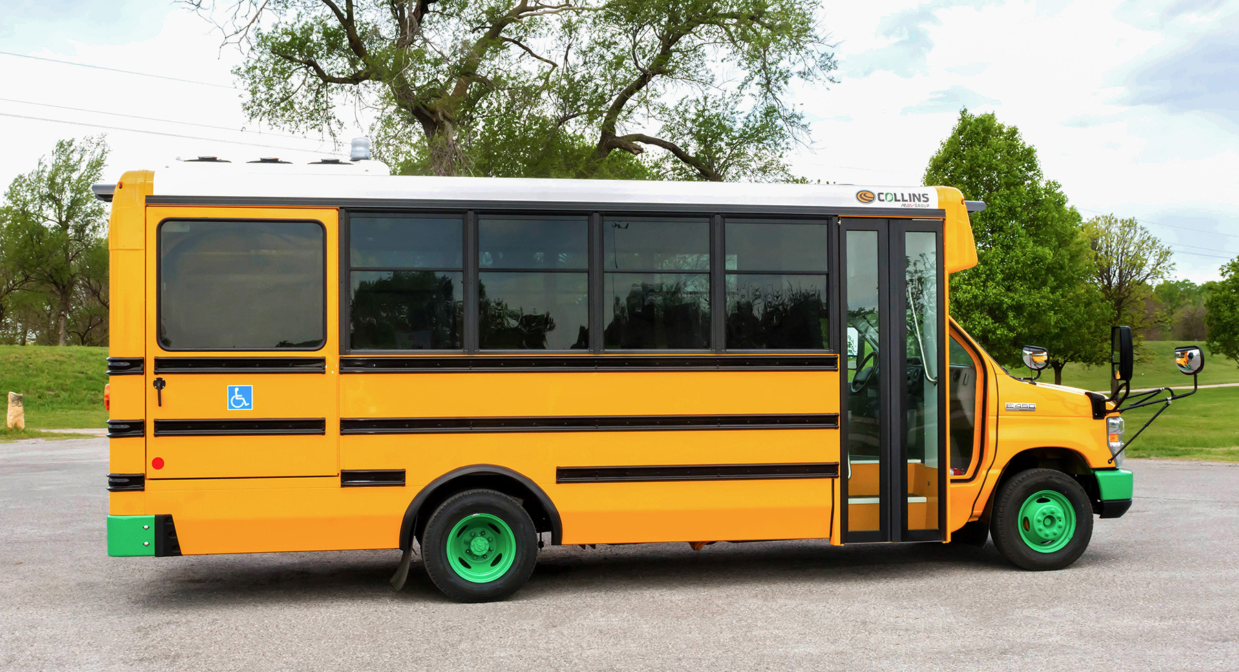 Lightning eMotors Enters the Electric School Bus Space with Multiyear Agreement with REV Group's Collins Bus