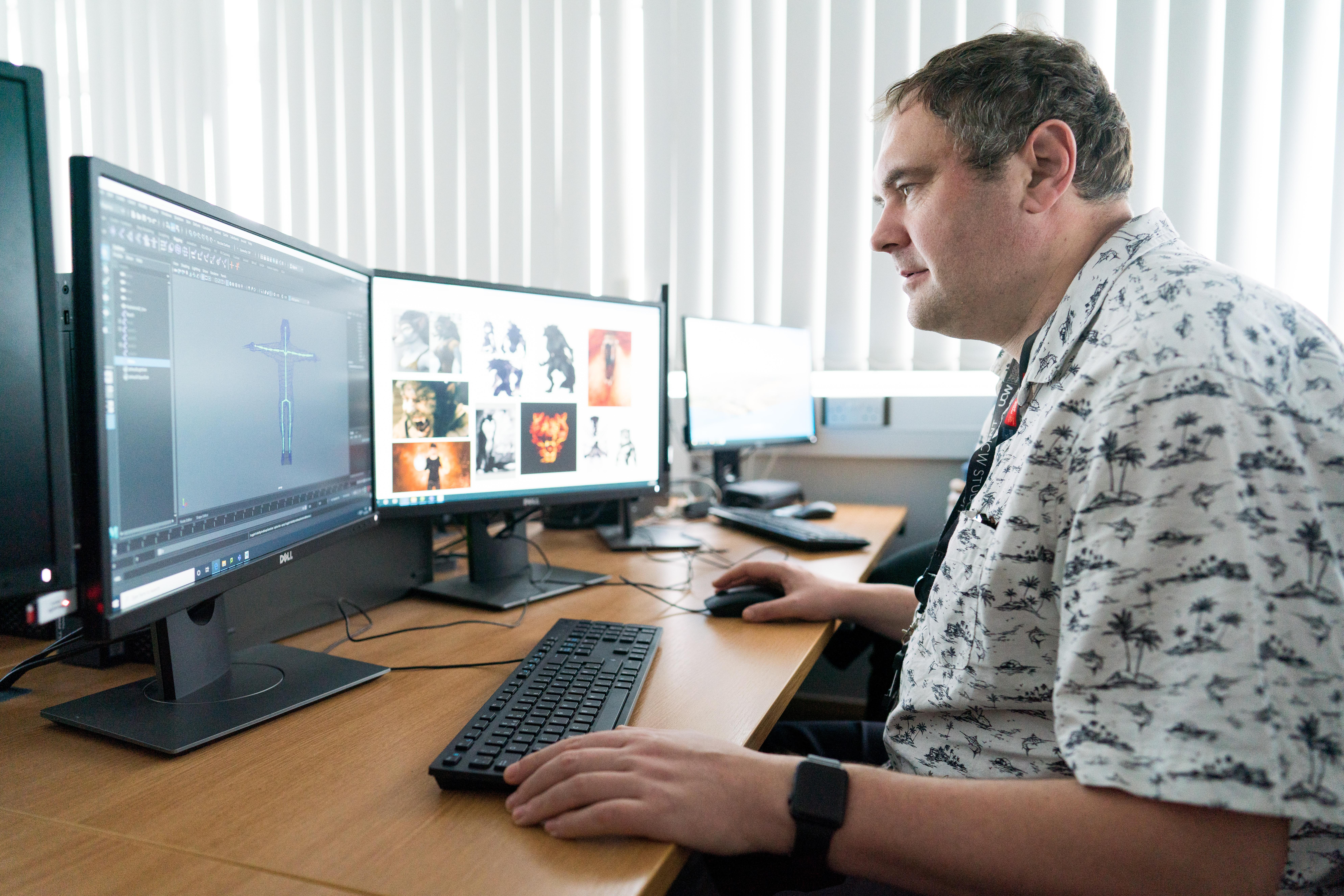 Man on cumputer