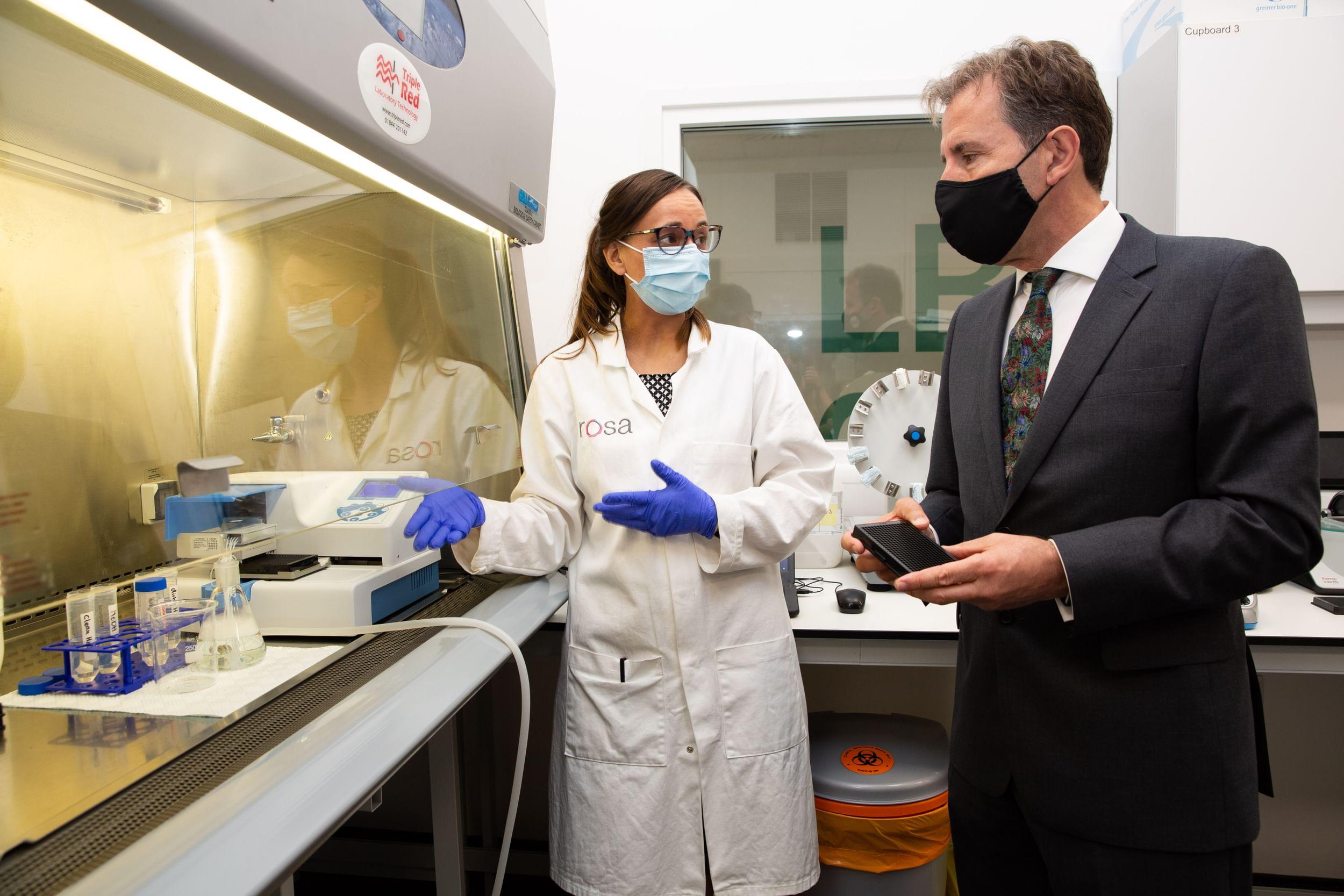 Metro Mayor Dan Norris meets the team behind Rosa Biotech based at Unit DX in Bristol
