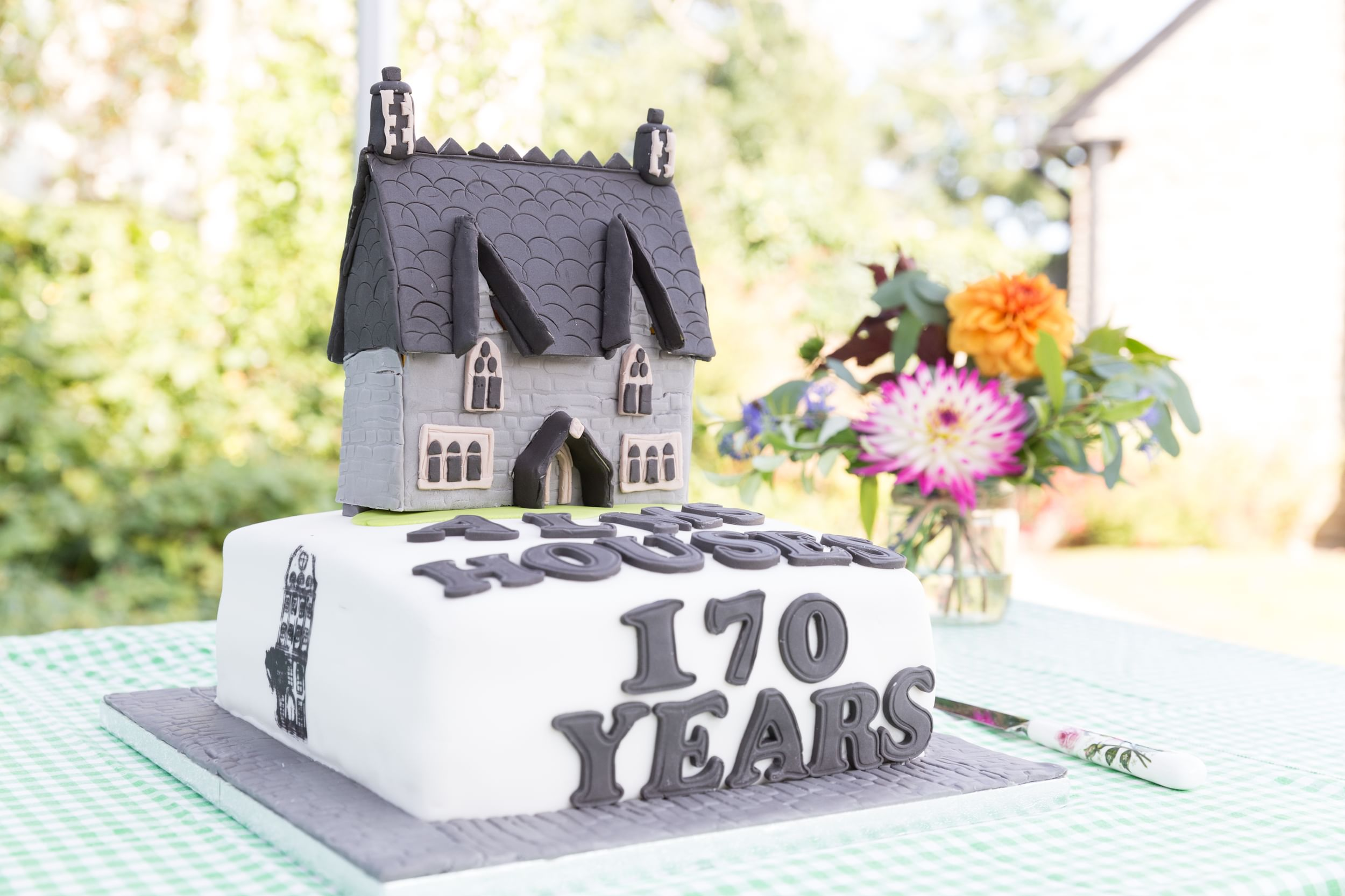 170 Birthday cake for the Perry Almshouses